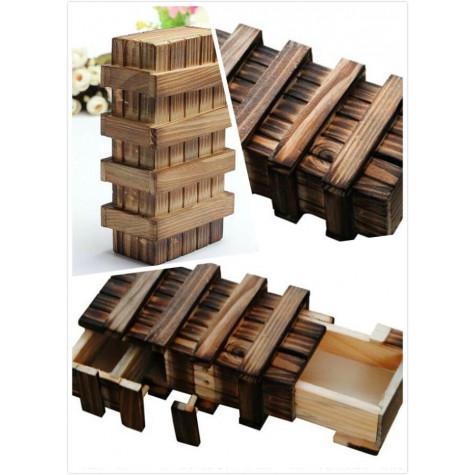 Dřevěná tajná schránka