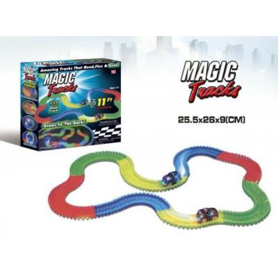 Magic Tracks Dráha svítící + auto plast 220ks délka 3,2m na baterie v krabici