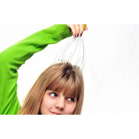 Pomůcka na masáž hlavy