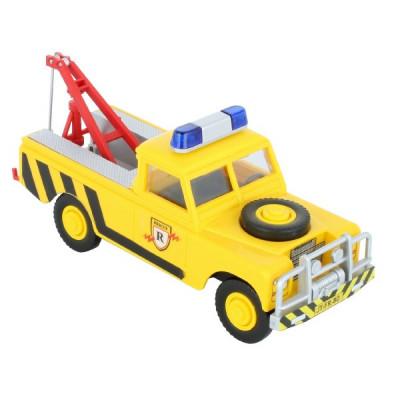 Stavebnice Monti 56 Tow Truck Land Rover 1:35