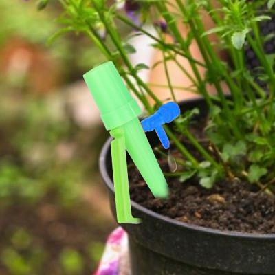Zavlažovač rostlin na PET láhev - zelený